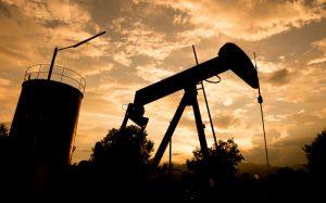 بازار جهانی نفت یکی از قربانیان سیاست های آمریکا