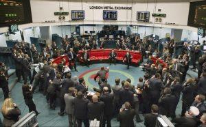 بازار فلزات لندن در سراشیبی سقوط