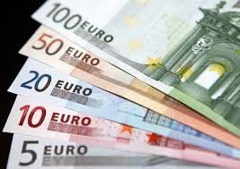 سقوط کمسابقه یورو