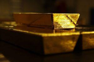 روسها به طلا خریدن ادامه میدهند