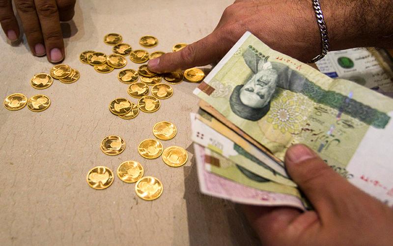 سایه سنگین دلار بر بازار سکه