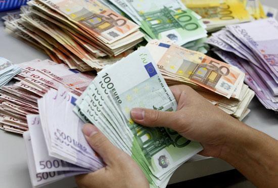 قیمت دلار و یورو امروز شنبه 23 آذر 98